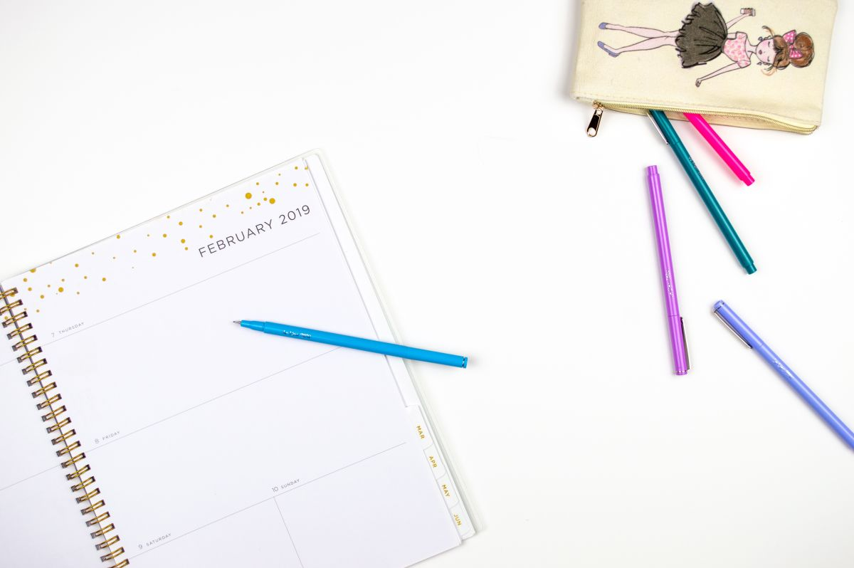 How to Create a School Social Media Calendar in 5 Easy Steps