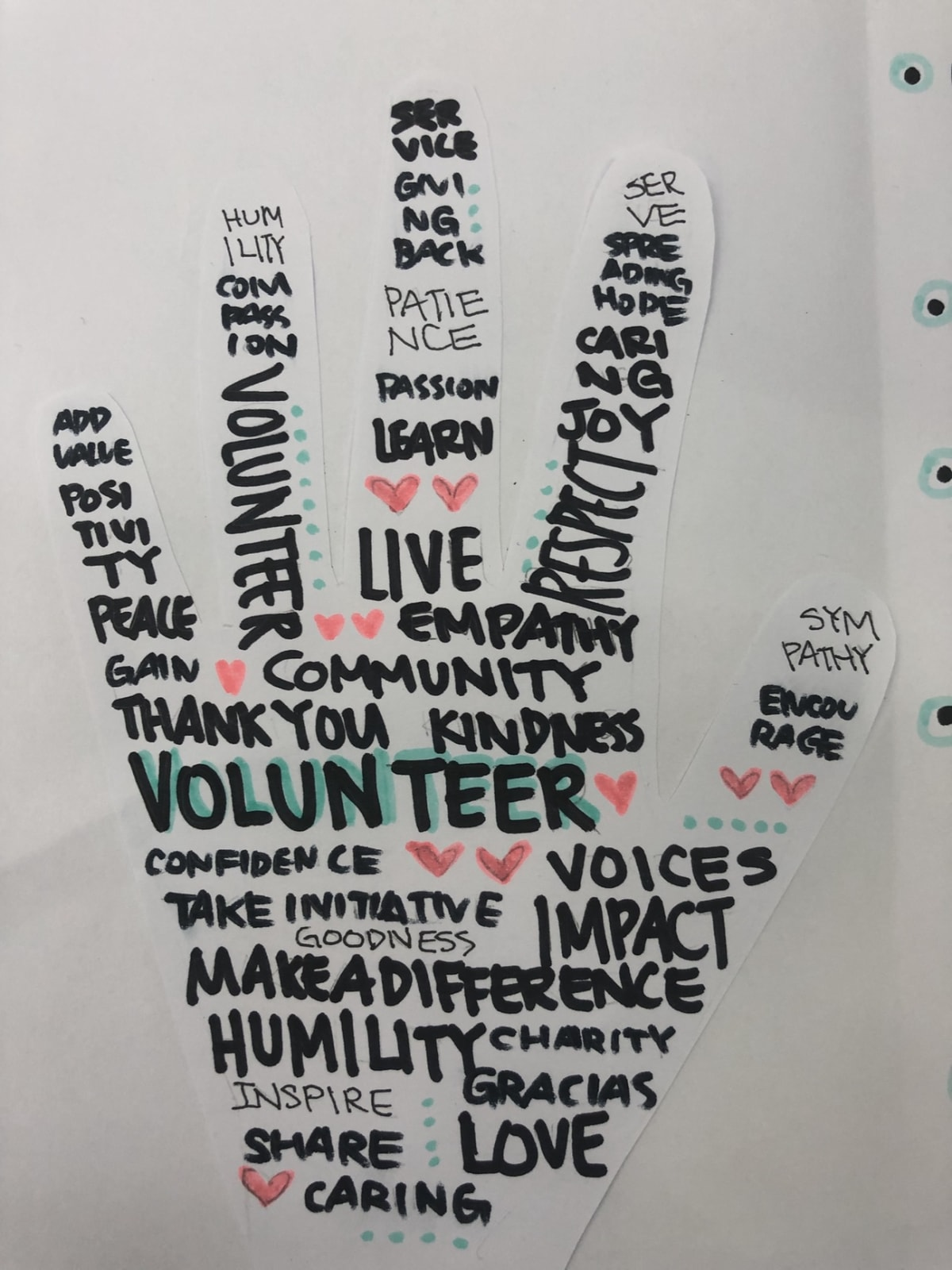 hand shaped paper thanking the volunteer message