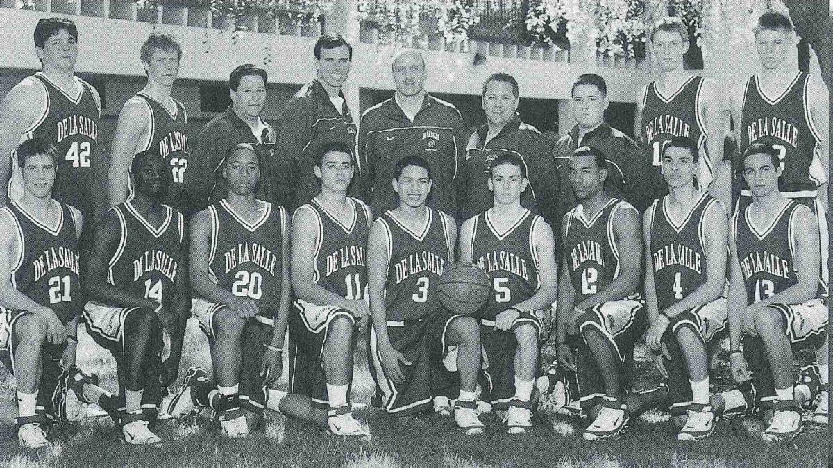 2005-06 Basketball Team Photo