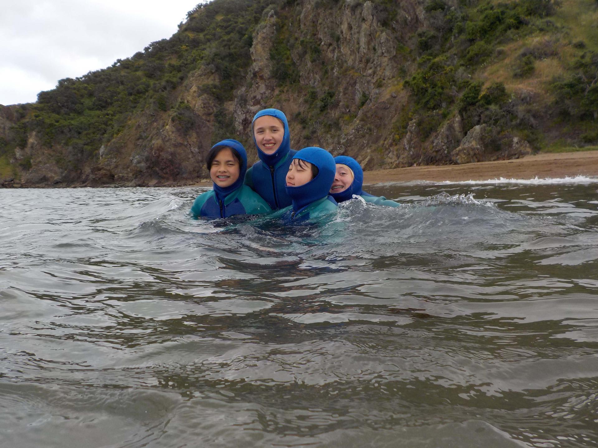 7th graders snorkeling