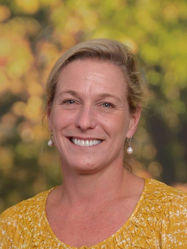 Hilary Munroe, Pre-Kindergarten Teacher