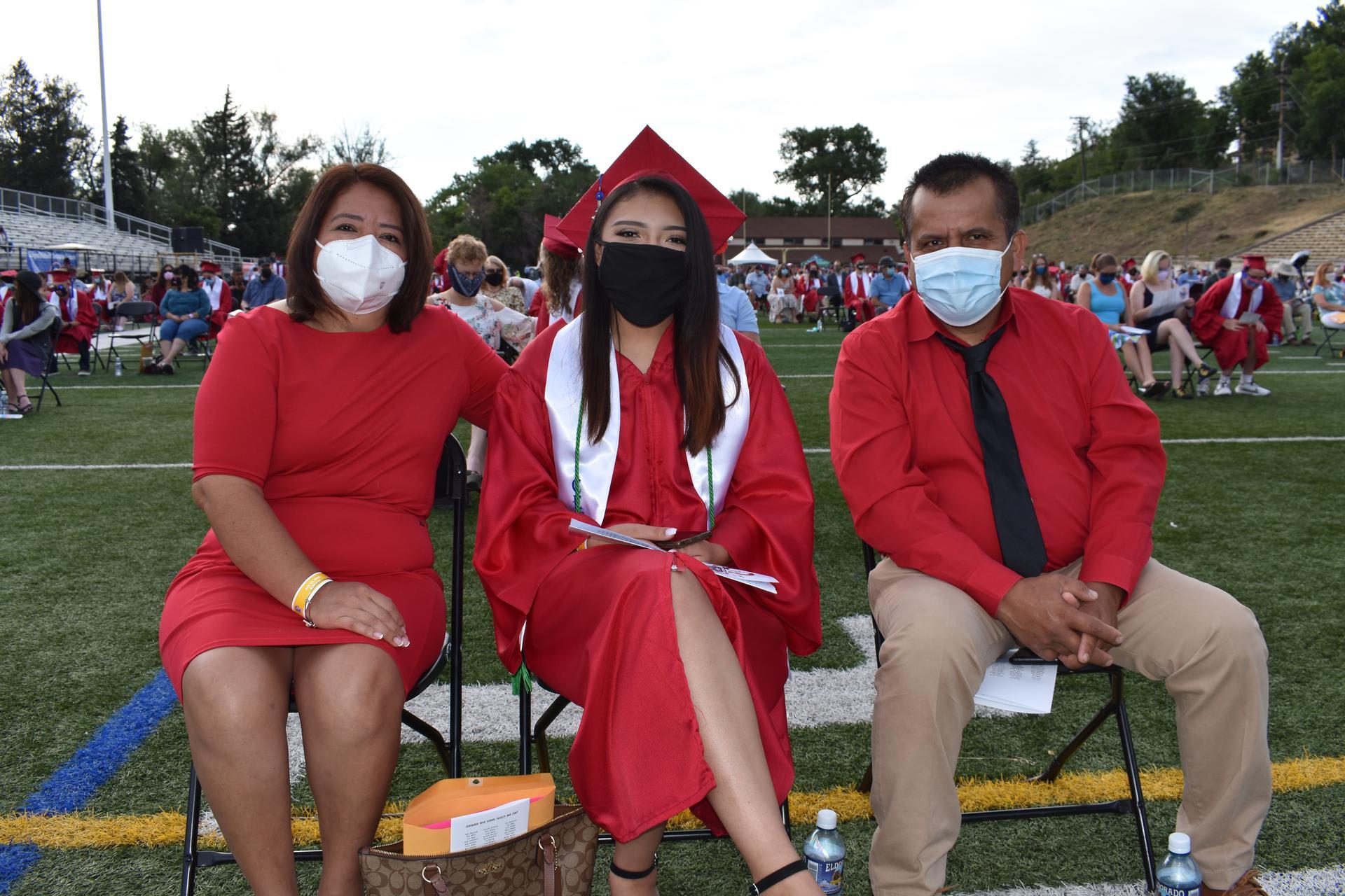 graduate with parents